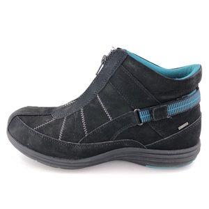Aravon Beverly Waterproof Ankle Booties 10 EE
